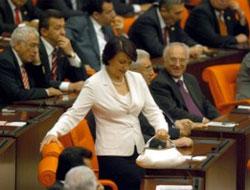 Meclis'te 38 yıl aradan sonra 2 kadınvekil yönetimde.16816