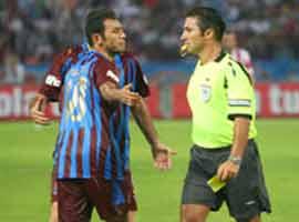 Trabzonsporlu Ayman konuştu: Kasti hareket yapmadım.5907