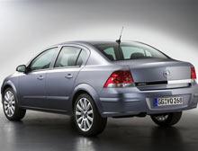 Opel'den yeni Astra Sedan.11123