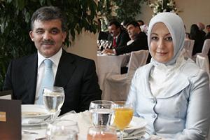 Gül' ün koruyucu aile olma girişimine karşı kampanya!.27083