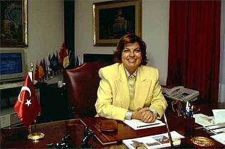 Tansu �iller, DYP liderli�i hakk�nda ilk kez konu�tu .19873