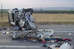Osmaniye'de feci kaza: 4 kişi öldü, 6 kişi de yaralandı.21496
