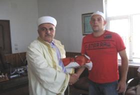 Akçakoca'ya tatile gelen Alman Müslüman oldu.42664