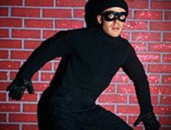 Kapıp, kaçarken izinli polise yakalandı.19671