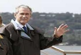 Bush solaklığını gösterdi.8342