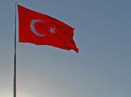 Türkiye'nin en büyük bayrağı göndere çekildi -FOTO-.5699
