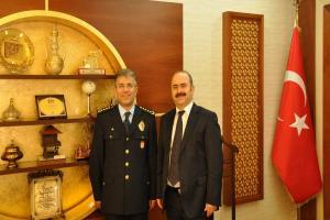 Siirt PMYO Müdürü Sami Ekim, Vali Aydın'ı ziyaret etti.13238