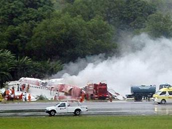 Uçağın düştüğü anı unutamıyor.22346