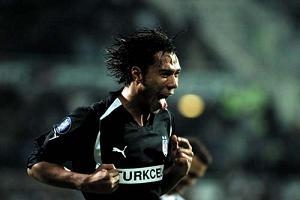 Fenerbahçe Carew'i istiyor.19765