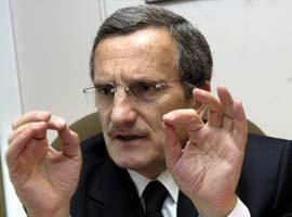Devlet Bakan� Yaz�c�o�lu: