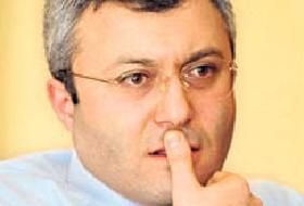 Gazeteci Tuncay Özkan'a Emniyet'ten 'Sarı Zarf' davası açıldı.10556