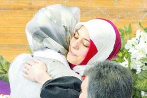 Kübra Gül bayramın 3. günü Sarımermer'le evleniyor.12416