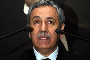 Arınç: AKP'ye karşı karalama kampanyası başlatıldı.9444