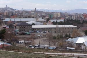 STK'lar: PMYO, Mahallebaşı'na kurulmalı.13282