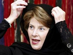 Bush'un eşi Laura Bush Afganistan'da.17826