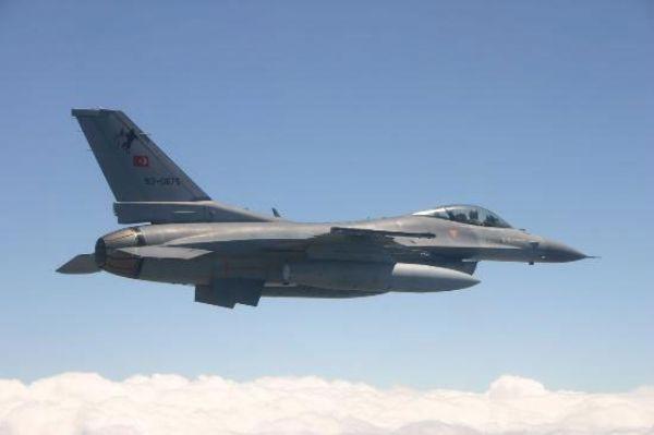 D.Bak�r �ss�nde hareketlilik: F-16'lar s�n�rda u�u� yapt�.16134