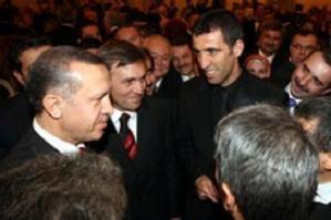 Erdoğan 'sınır ötesi ve Barzani' sorularını cevapladı.11477