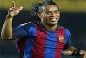 Ronaldinho'dan frikik şov .9813
