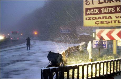 Dikkat! bu sabah kar yağışı siddetini arttıracak.36689