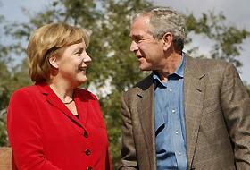 Tacizci'nin tahliye edilmesi Merkel'i sevindirdi.26121