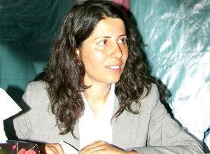DTP Şırnak milletvekili Sevahir Bayındır yüzünü kapattı.26624