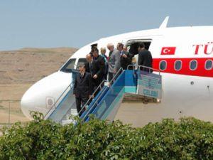 Cumhurbaşkanı Gül İstanbul'a gitti.15349