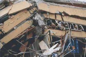 Çin'de cami çöktü: 8 ölü.14614
