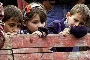 Yoksulluk sınırı 4 kişilik bir aile için 2 bin 326 YTL..!.21131