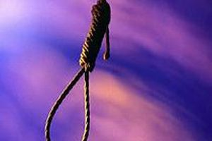 AKP'li ba�kan�n o�lu intihar etti.7400