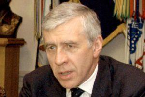 İngiltere Adalet Bakanı Straw, Ankara'ya geldi.12011