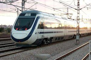 Fransa'da hızlı tren kamyona çarptı: 1 ölü.22642