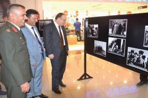 Şanlı tarihi anlatan fotoğraf sergisine ilgi büyük.14011