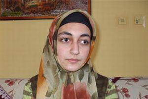 Kozan'daki başörtüsü skandalı tatlıya bağlandı.10281