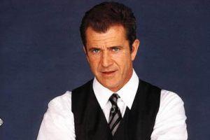 Mel Gibson sonunda pes etti.7714