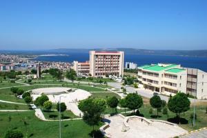 Türkiye'de her üç öğrenciden biri ÇOMÜ'yü tercih etti.13258