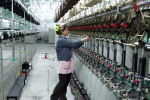 İç giyimcilerin düşük kur ve ucuz işçilik endişesi.38880