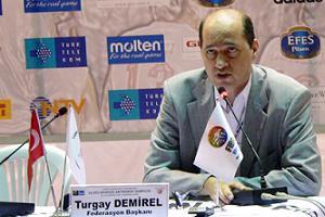 Demirel, FIBA toplantısında.35407