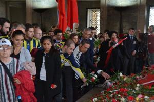 1907 Fenerbahçe Derneği ve 1907 Ünifeb de Anıtkabir'e gitti.15109