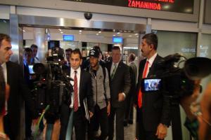 Brezilyalı yıldız Neymar İstanbul'a geldi.13325