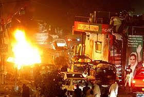 Pakistan'da şiddetli çatışmalar: 90 ölü.13142