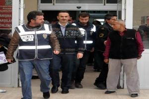 Edirne'de bir polis memuru gözaltına alındı.12995
