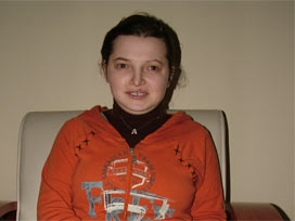 Çaresiz bu kızı Nimet Çubukçu'ya atılan e-mail kurtardı.9994