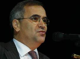 Yüzbaşıoğlu, yeniden YÖK üyesi seçildi.5432