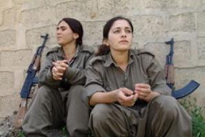Kandil'deki köylülerden haber geldi: PKK'lılar kaçıyor.12043