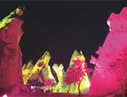 Peribacaları geceleri renkli.8303