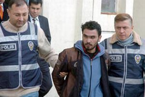 İzmir'de rahibi bıçaklayan zanlı tutuklandı.14182
