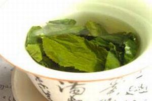 Yeşil çay kalp krizi riskini azaltıyor.9512