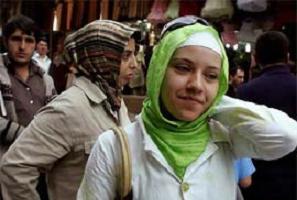 Türkiye başörtüsü konusunu daha kaç yıl tartışacak? .13656