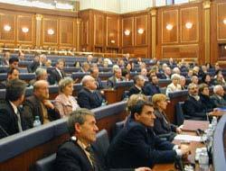 Kosova bağımsızlığını ilan etmeye hazırlanıyor.13141