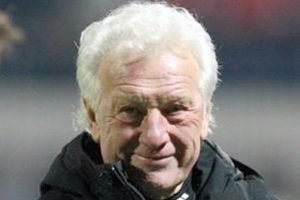 Karl Heinz Feldkamp gitti.9250